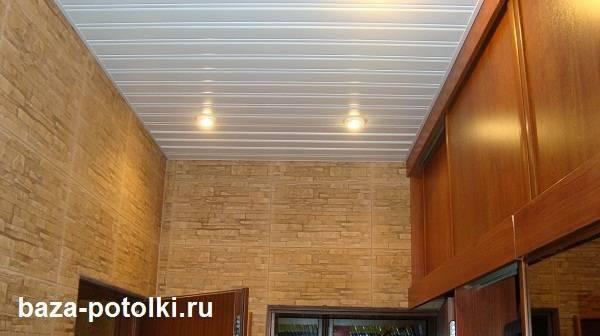 Потолок в прихожей - 125 фото интересных сочетаний и вариантов применения актуальных идей