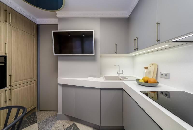 Дизайн кухни с вентиляционным коробом: советы и идеи для воплощения
