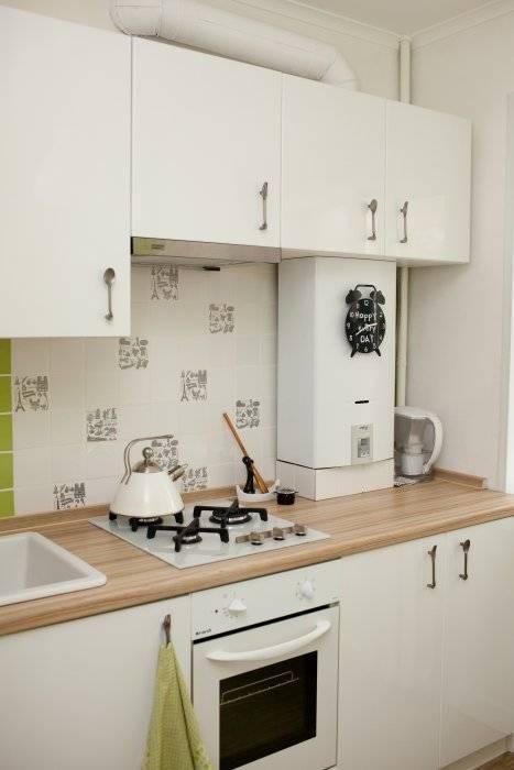 Дизайн кухни в хрущевке с газовой колонкой и холодильником: 20 фото маленькой кухни 5-7 кв.м