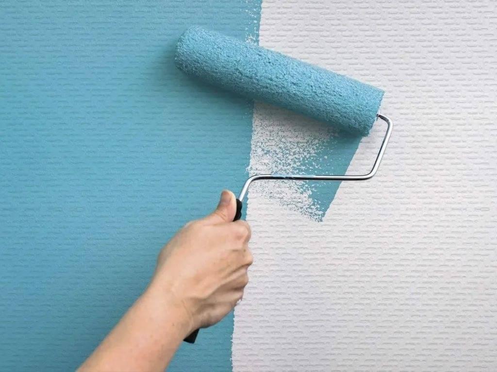 Покраска обоев: 105 фото подробного описания процесса и правила нанесения краски – строительный портал – strojka-gid.ru
