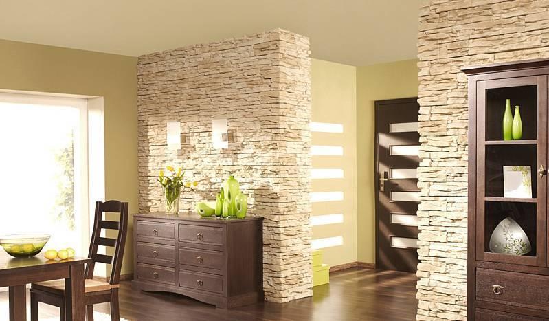 Декоративный камень в прихожей: варианты отделки, материалы, цены и рекомендации