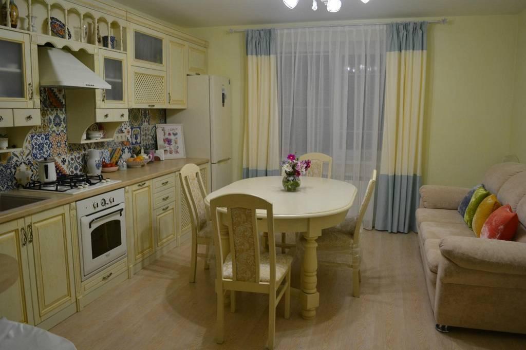 Подбор штор в кухню-гостиную