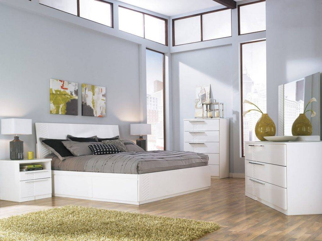 Белая мебель в интерьере кухни, спальни и гостиной   25 идей дизайна