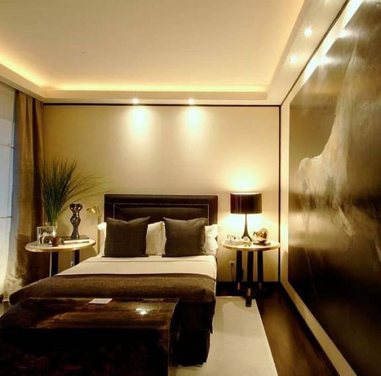 Без люстры: выбираем альтернативное освещение для спальни