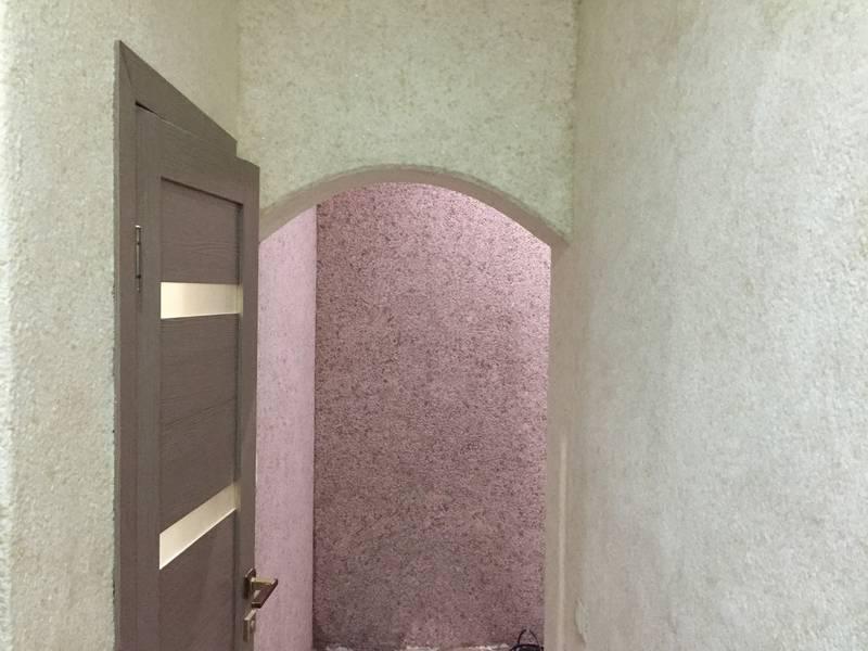 Жидкие обои в прихожей (51 фото): какие обои лучше выбрать для стен в коридоре? рисунки из жидких обоев в интерьере