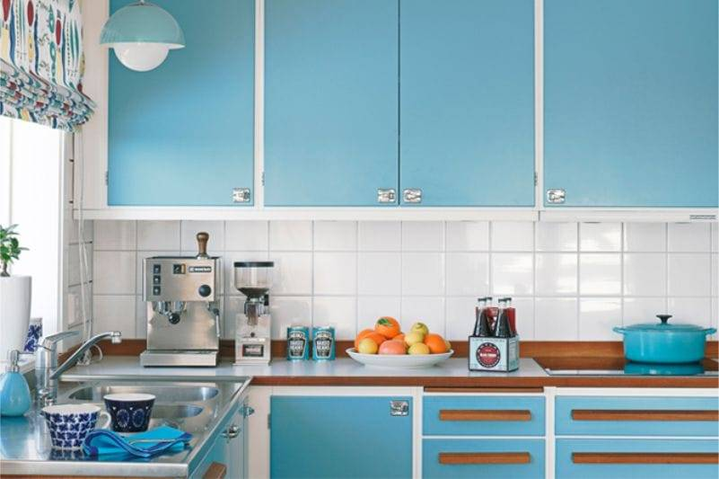 Серо-голубая кухня: кухонный гарнитур серо-голубого тона в дизайне интерьера