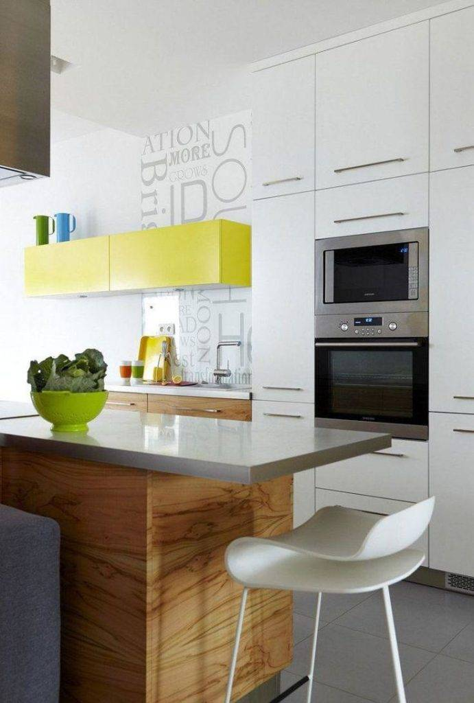 Черно-белая кухня: дизайн, стили, третий цвет, выбор фартука, штор