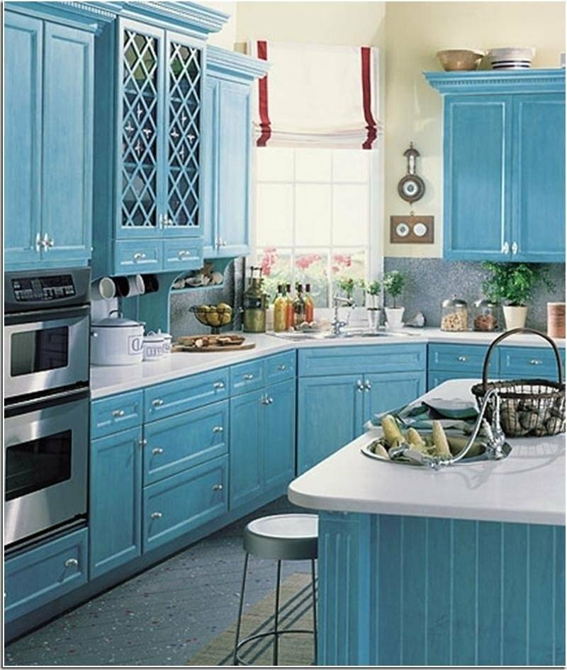 Достоинства и недостатки синего цвета при оформлении кухни, фото
