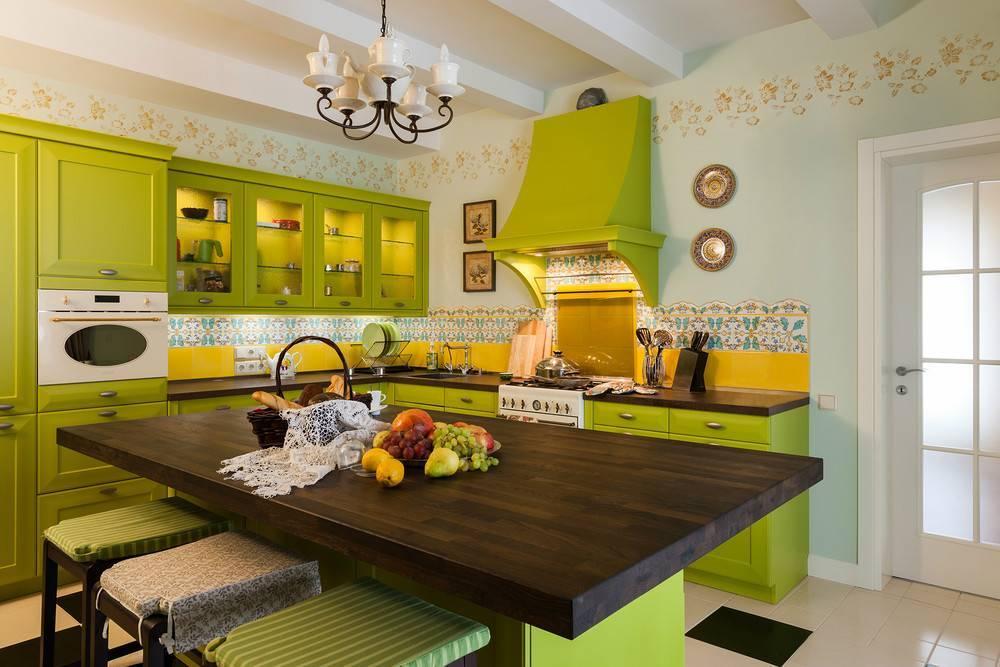 Кухонные гарнитуры: фото, стили, выбор мебели, материалы, размещение