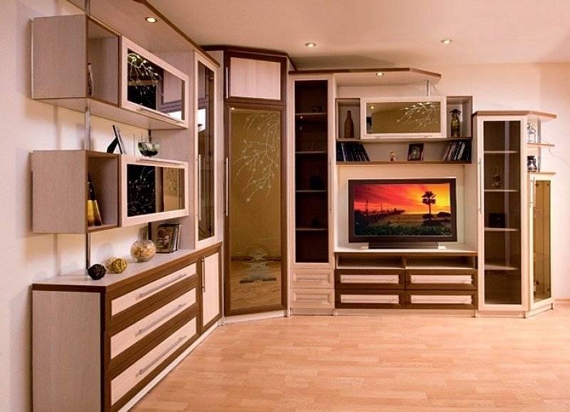 Варианты стенок с телевизорами в зал в современном стиле