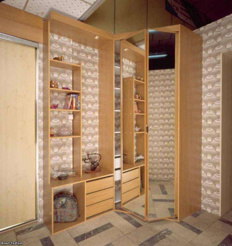 Угловые прихожие в маленькую прихожую (75 фото): малогабаритные прихожие с угловым шкафом в коридор, варианты дизайна небольших прихожих с зеркалом