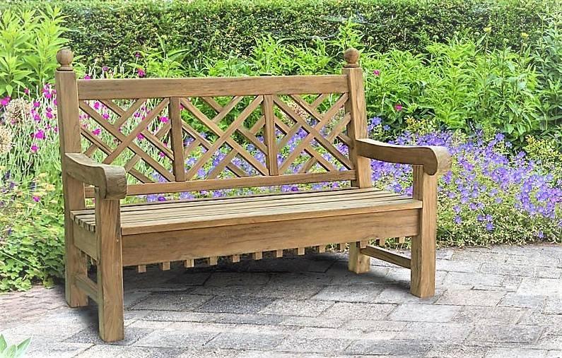 Садовые скамейки (115 фото): уличные скамьи-качели для дачи и угловые дачные, другие лавочки для улицы. чем их покрыть?