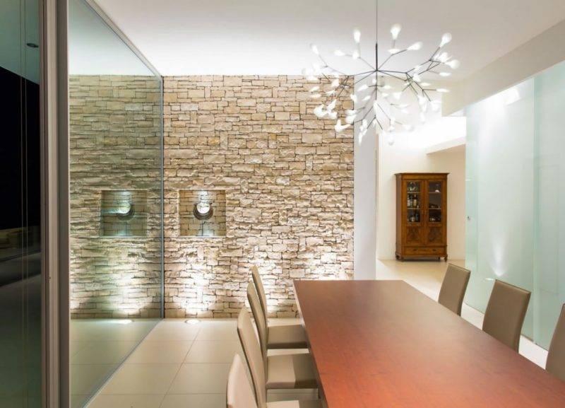 50 фото с примерами максимально эффективного использования отделочного камня для стен внутри квартиры