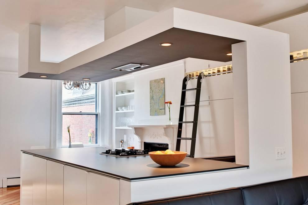 Дизайн потолка на кухне: идеи оформления с фото