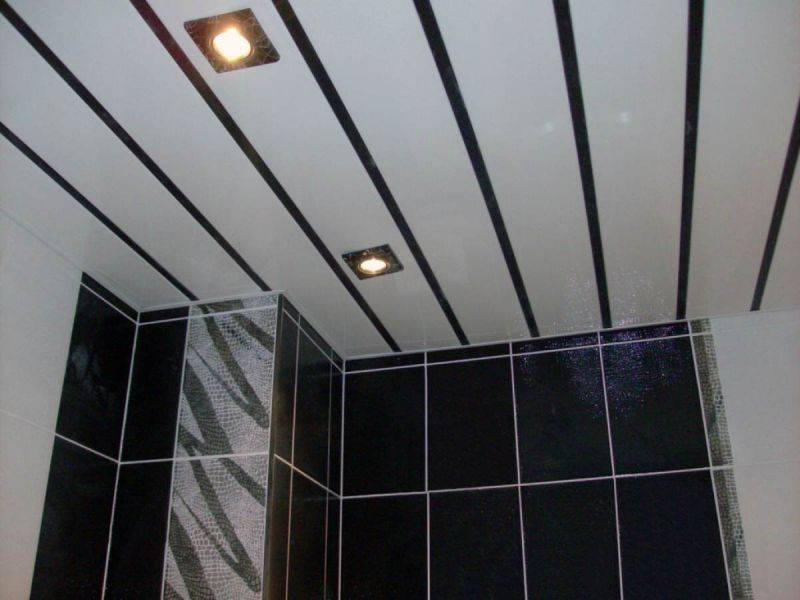 Пластиковый потолок в ванной - 95 фото реальных примеров по реализации оригинальных идей