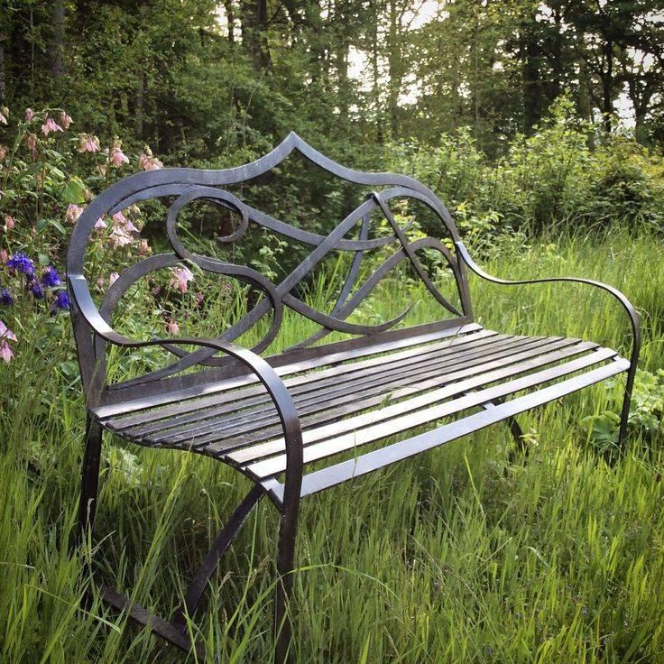 Садовые скамейки для дачи и сада - дизайн и стили