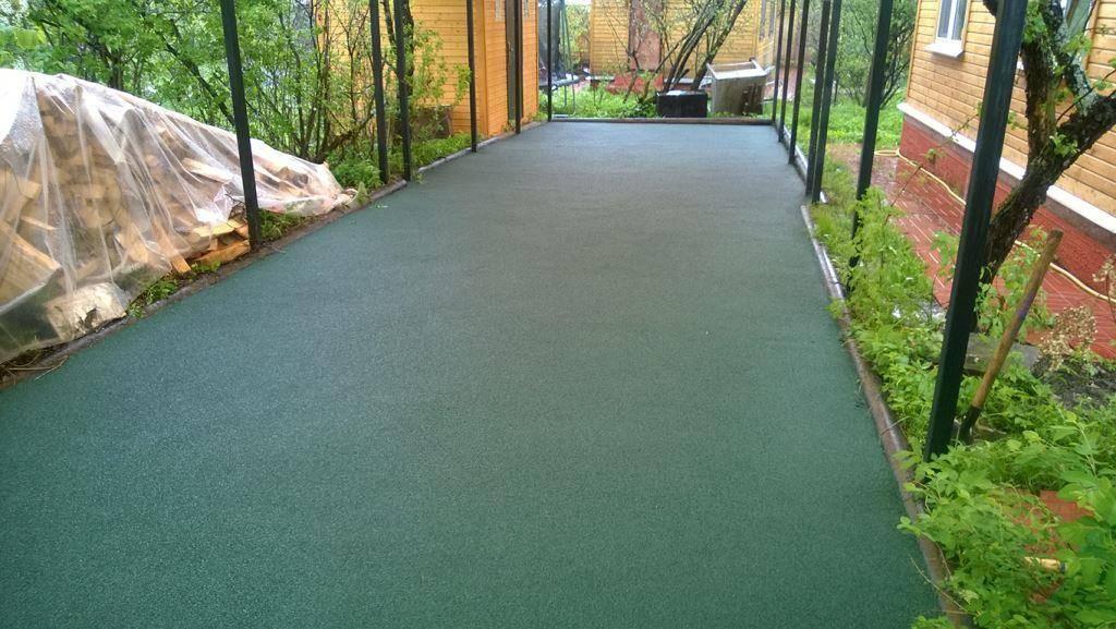 Резиновое покрытие садовых дорожек – выбор и укладка