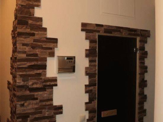 Отделка декоративным камнем дверных проемов (38 фото): использование искусственного камня для декора откосов входной двери - интересные варианты