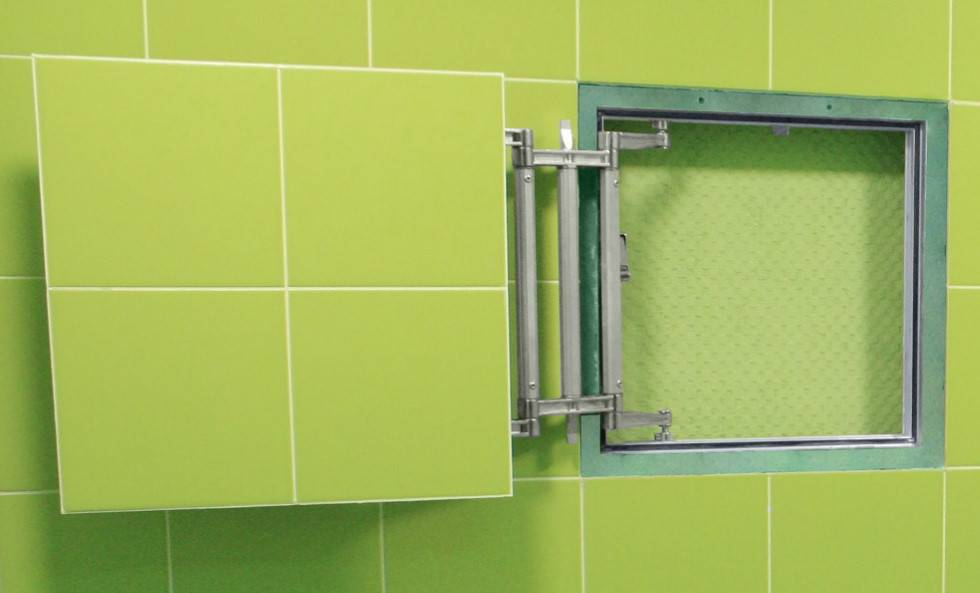 Скрытые люки под плитку в дизайне ванной комнаты