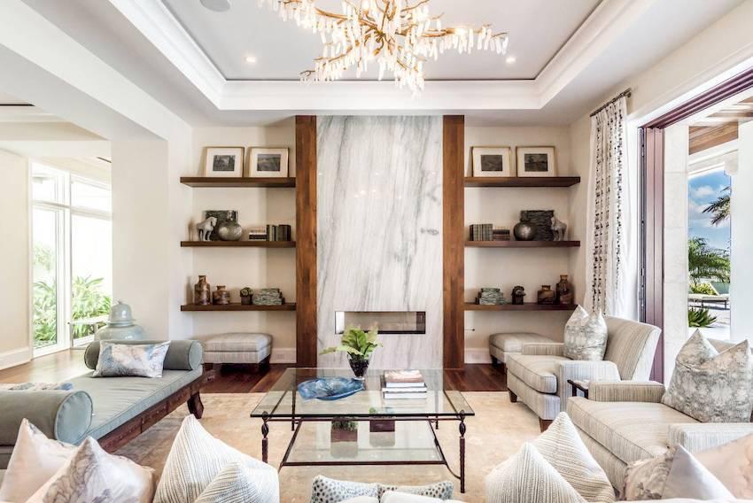 Дизайн гостиной в светлых тонах: выбор стиля, цвета, отделки, мебели и штор