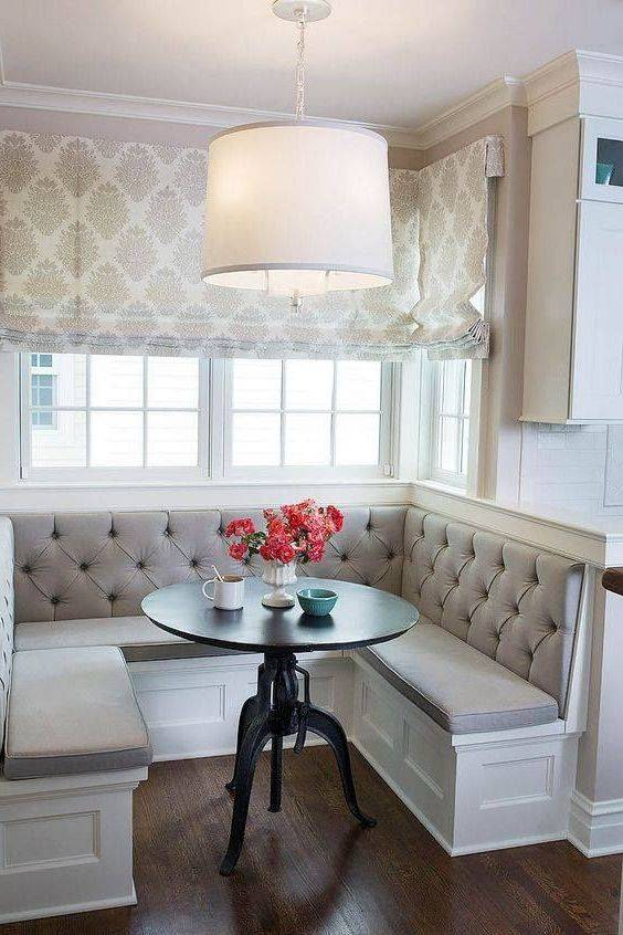 Маленькие уголки на кухню (68 фото): кухонные мини-уголки с круглым столом и угловым диваном, другие малогабаритные варианты