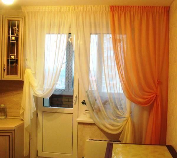 Шторы на кухню с балконной дверью (40 реальных фото): гид по современным вариантам