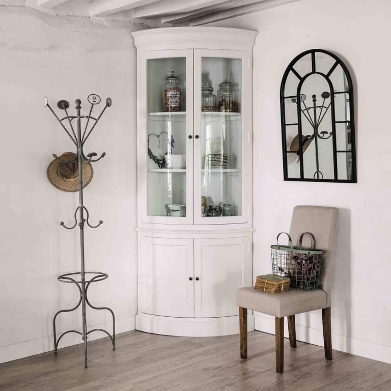 Витрина для посуды в гостиной (73 фото): как выбрать шкаф со стеклом, угловые и прямые модели, белая стеклянная мебель - классика и современность