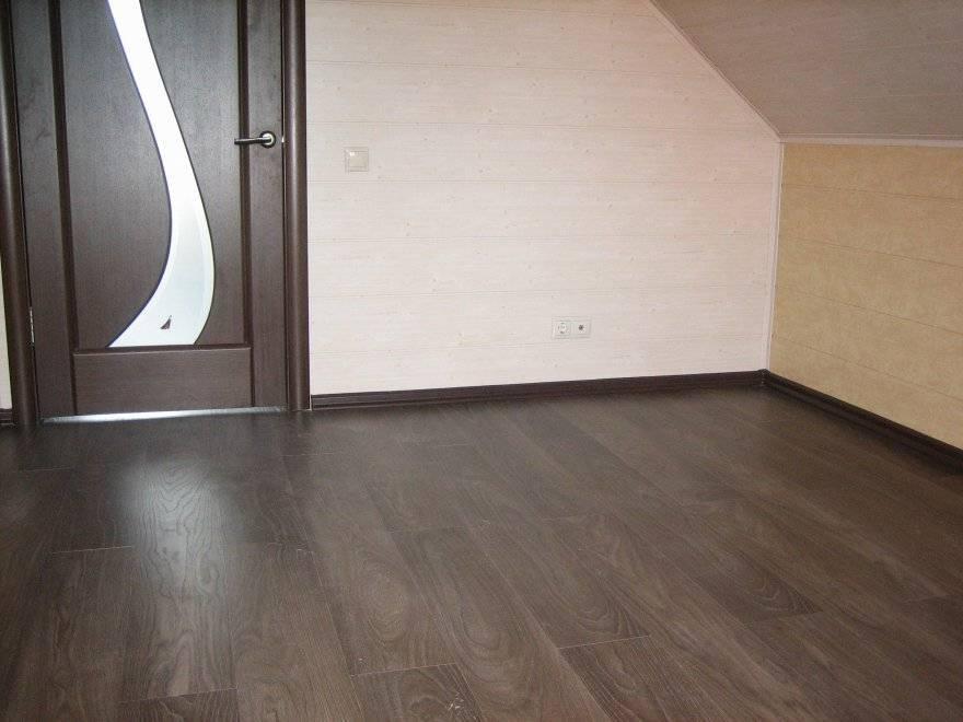 Виды плинтусов, описание, как правильно выбрать плинтус в квартиру