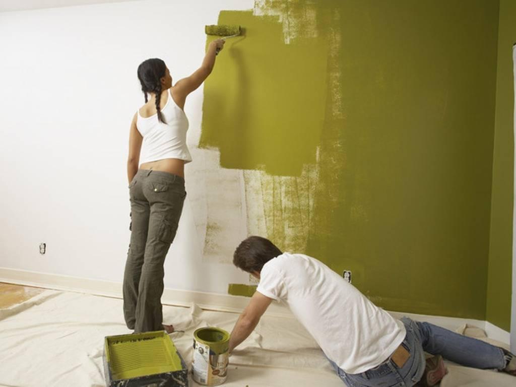 Как покрасить обои под покраску - рекомендации, видео