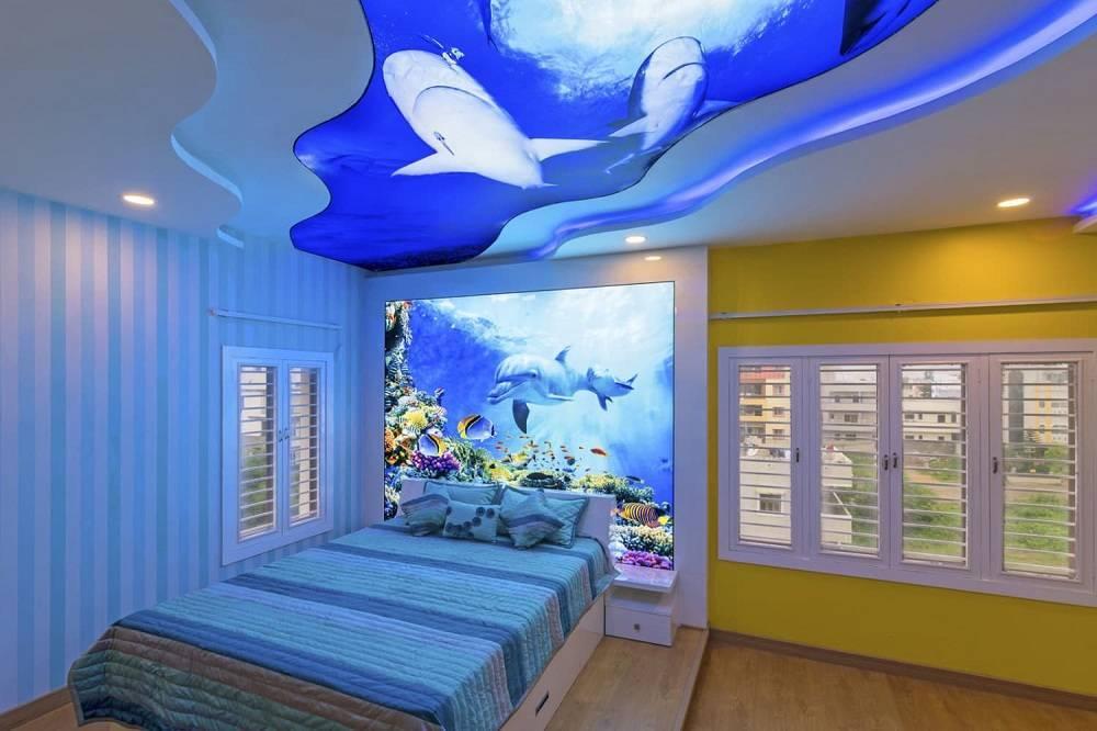 Варианты натяжных потолков в дизайн детской комнаты