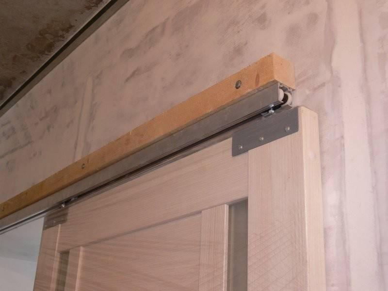 Установка раздвижных дверей: как установить своими руками крепление, правильная инструкция по монтажу межкомнатных дверей