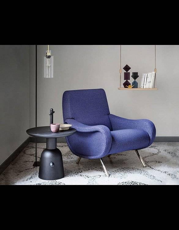 Дизайнерские кресла (45 фото): интерьерное мягкое кресло для дома и пластиковые на колесиках, другие модели в интерьере