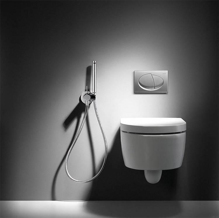 Что лучше — биде или гигиенический душ?
