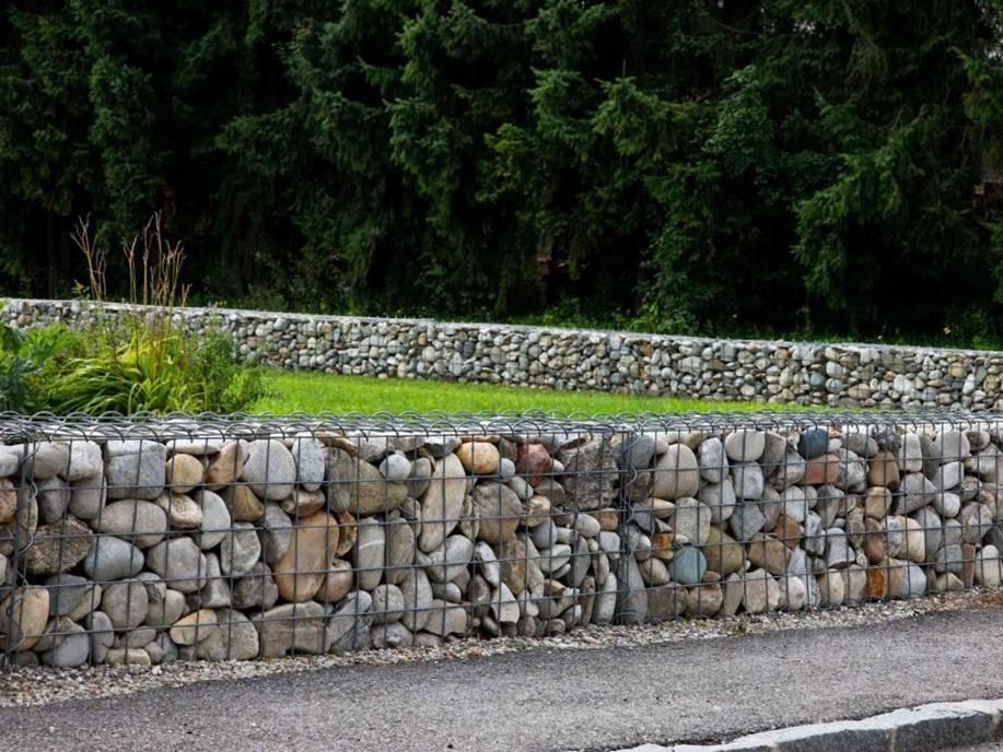 Красивые заборы из камня: фото идеи для воплощения