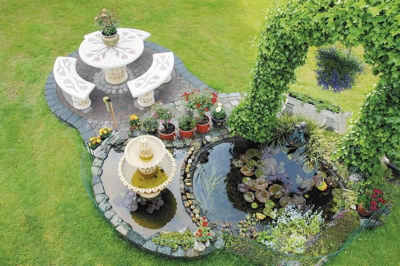 Садовый фонтан – изысканное украшение участка