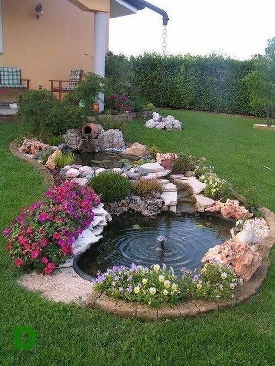 Декоративные фонтаны в интерьере садовых участков