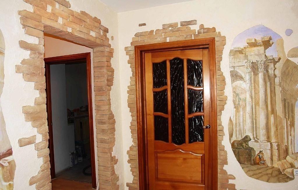 Отделка дверного проёма, откосов: штукатурка, гипсокартон, камень