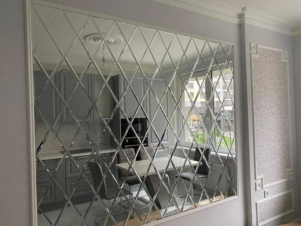 Зеркальная плитка в интерьере - 30 идей