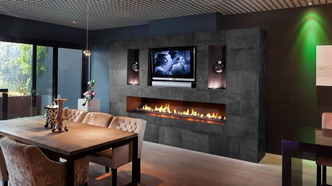 Камины в интерьере гостиной фото (93 фото): стильные дизайнерские решения в квартире, последние модные тенденции
