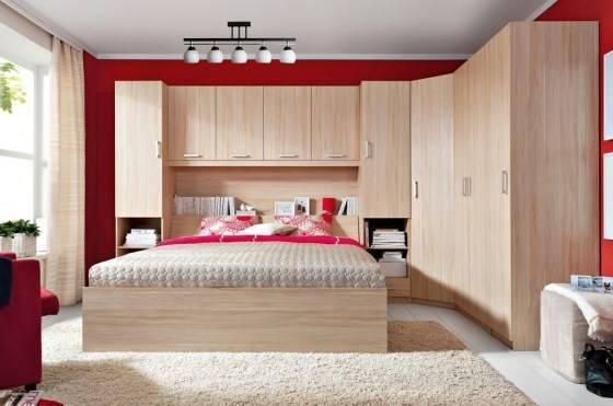 Угловой шкаф-купе (126 фото): встраиваемый в спальню, прихожую, гостиную. идеи дизайна и внутреннего наполнения