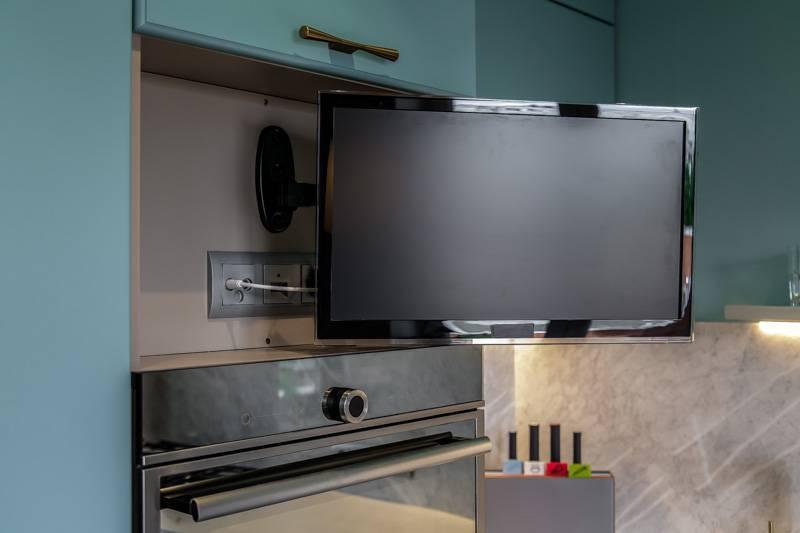 Нужен ли телевизор на кухне и как выбрать идеальный вариант?. cтатьи, тесты, обзоры