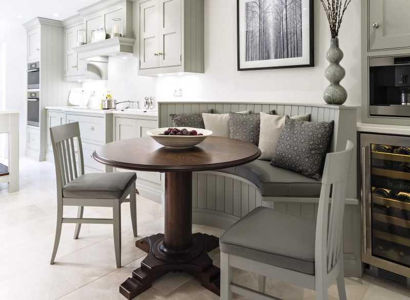 Дизайн квадратной кухни: 40+ фото примеров, практические советы