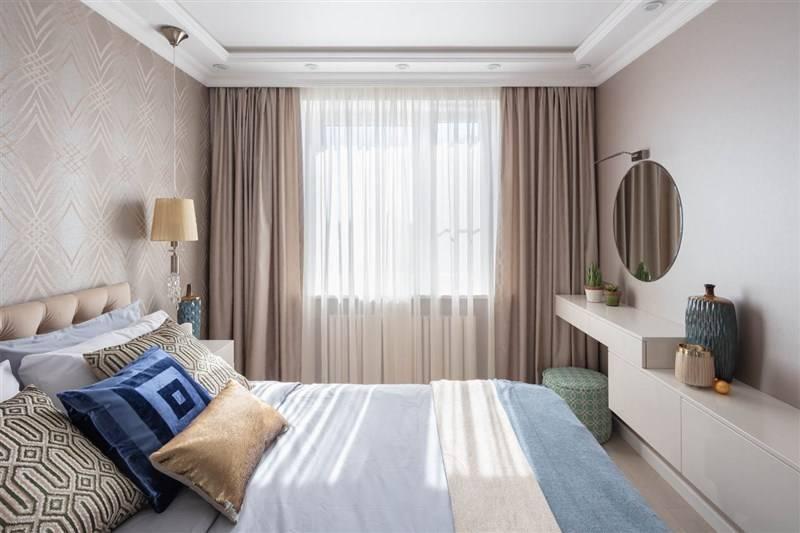 Обои для маленькой спальни (48 фото): дизайн интерьеров 2021, какие выбрать цвета в небольшую темную комнату и на южной стороне