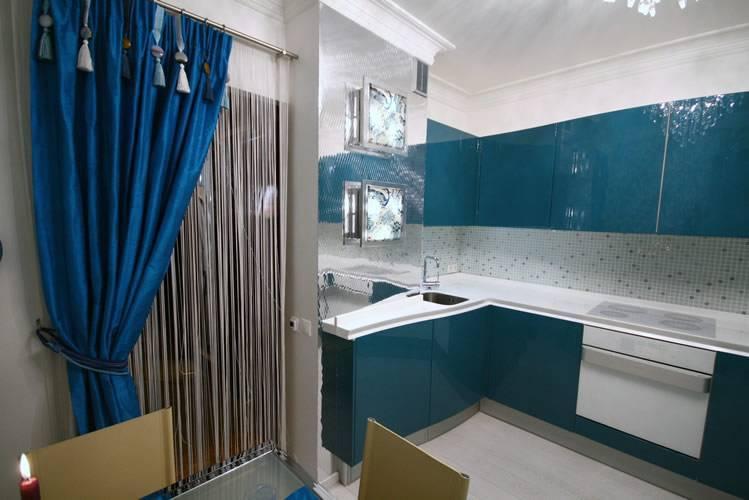 Дизайн кухни с вентиляционным коробом. оформление дизайна кухни