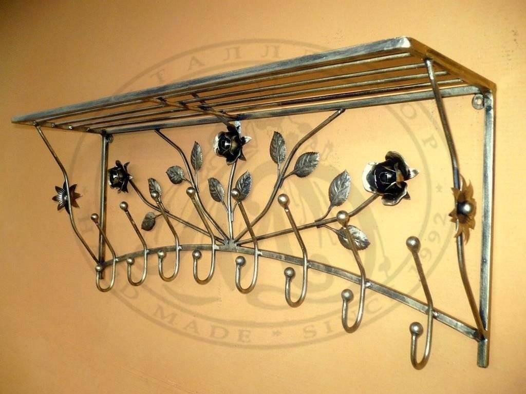 Настенные вешалки в прихожую (105 фото): как выбрать вешалки для одежды на стену в коридор? металлические и деревянные модели с обувницей и без
