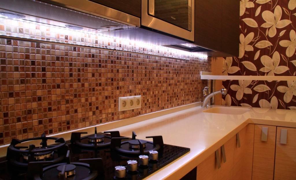 Фартук для кухни из пластика: виды, примеры, монтаж