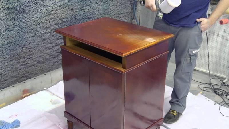 Как покрасить старую мебель по-своему: инструменты, краски, подготовительные шаги