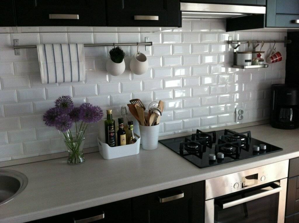 Укладка плитки кабанчик на фартук кухни: расчет, варианты, технология своими руками