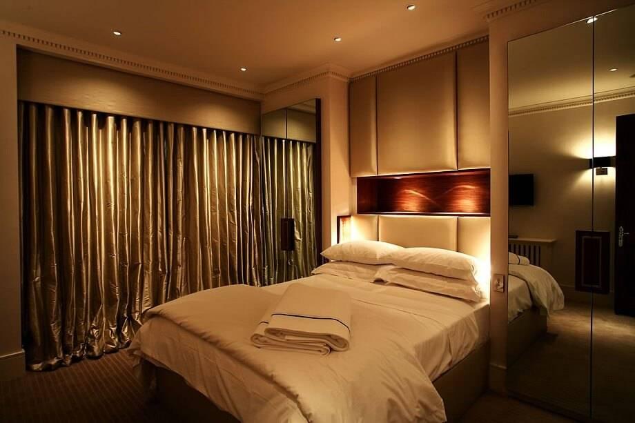 Внутреннее освещение (103 фото): сенсорный регулятор в интерьере комнаты, система управления светом в квартире