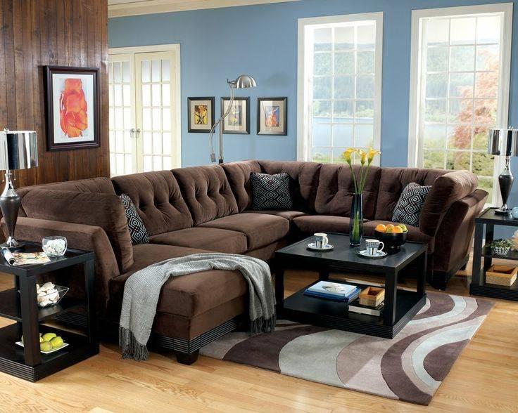 Зеленый диван: советы дизайнеров по размещению в интерьере (115 фото)